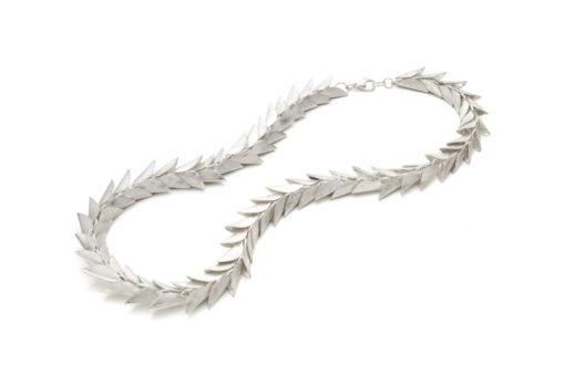 39 - Midsummer Night`s Dream collier zilver Nicoline van Boven