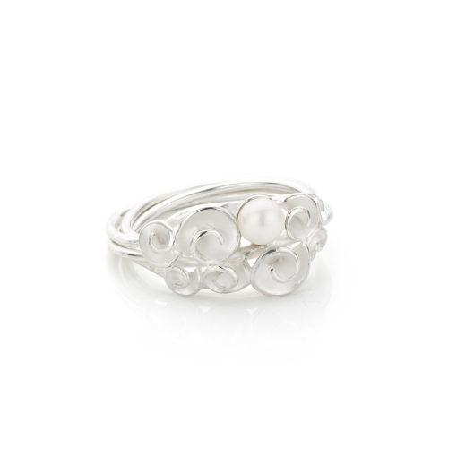 Roosjes Bouquet ring in zilver met zoetwaterparel (unicum)